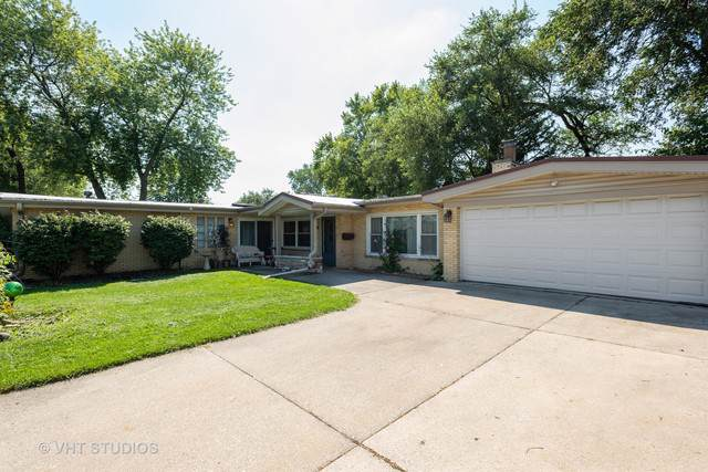 7800 W 98th Place, Hickory Hills, IL 60457 (MLS #10484588) :: Baz Realty Network | Keller Williams Elite