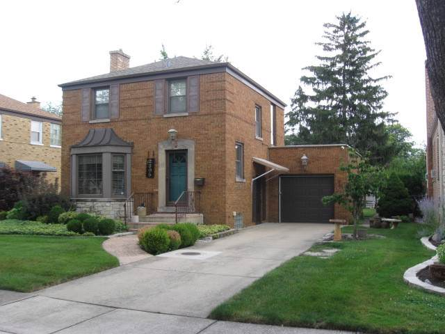 2305 S 8th Avenue, North Riverside, IL 60546 (MLS #10485237) :: The Wexler Group at Keller Williams Preferred Realty