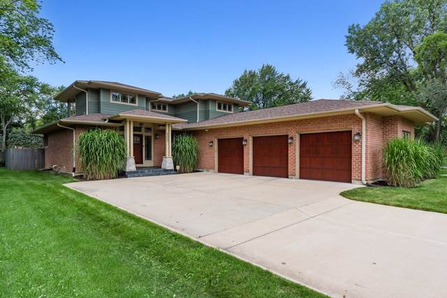 6000 Pershing Avenue, Downers Grove, IL 60516 (MLS #10485332) :: The Dena Furlow Team - Keller Williams Realty