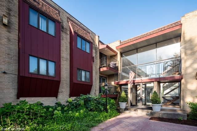 787 Wilson Avenue #1, Glen Ellyn, IL 60137 (MLS #10485451) :: Property Consultants Realty