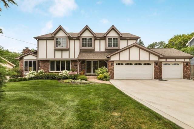 2112 N Summit Street, Wheaton, IL 60187 (MLS #10485582) :: The Perotti Group   Compass Real Estate