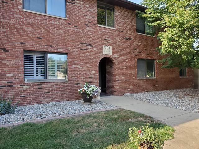 1204 Dean Drive #4, Urbana, IL 61802 (MLS #10485670) :: Littlefield Group