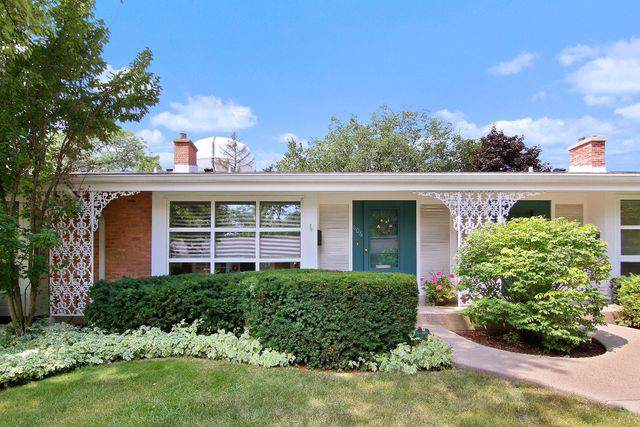 606 Carriage Hill Drive #606, Glenview, IL 60025 (MLS #10485672) :: Baz Realty Network | Keller Williams Elite