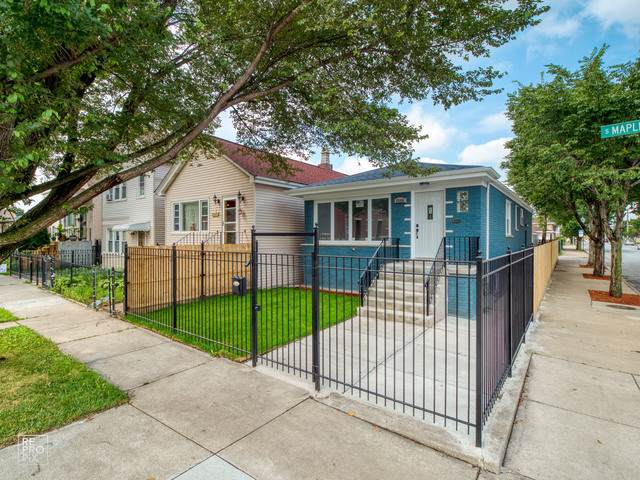 3500 S Maplewood Avenue, Chicago, IL 60632 (MLS #10485827) :: Angela Walker Homes Real Estate Group