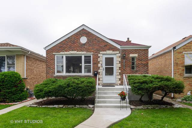 2351 Burr Oak Avenue, North Riverside, IL 60546 (MLS #10486327) :: The Wexler Group at Keller Williams Preferred Realty