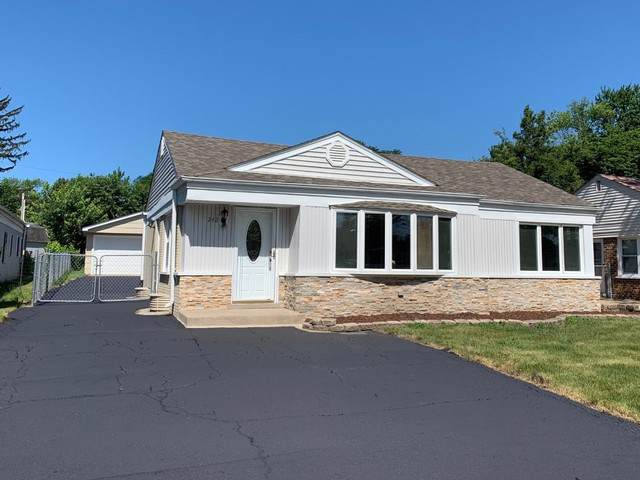 242 S 3rd Avenue, Lombard, IL 60148 (MLS #10486399) :: Property Consultants Realty