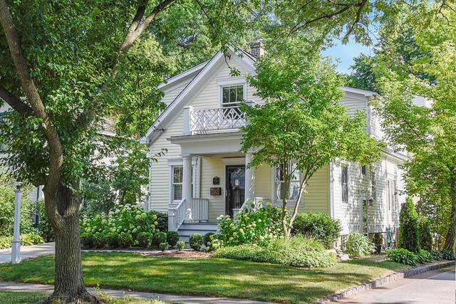 942 Spruce Street, Winnetka, IL 60093 (MLS #10486414) :: Berkshire Hathaway HomeServices Snyder Real Estate