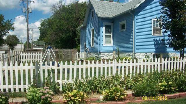 145 E Walnut Street, Sheldon, IL 60966 (MLS #10486473) :: Berkshire Hathaway HomeServices Snyder Real Estate