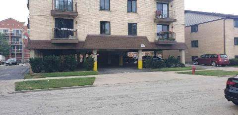 9815 Lawrence Court 1-B, Schiller Park, IL 60176 (MLS #10486657) :: Angela Walker Homes Real Estate Group