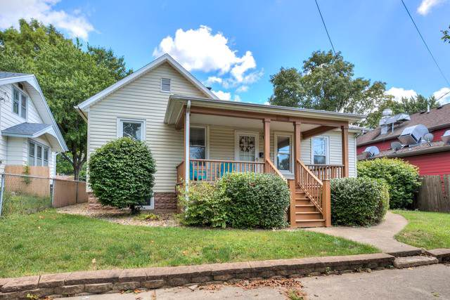 1303 N Western Avenue, Bloomington, IL 61701 (MLS #10486755) :: The Wexler Group at Keller Williams Preferred Realty