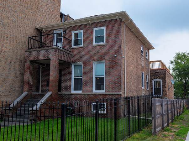 6139 S Indiana Avenue, Chicago, IL 60637 (MLS #10487155) :: Angela Walker Homes Real Estate Group