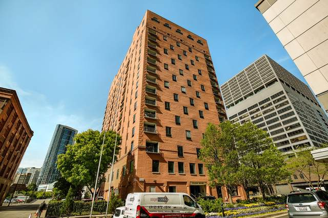 345 N Canal Street #503, Chicago, IL 60606 (MLS #10487347) :: The Mattz Mega Group