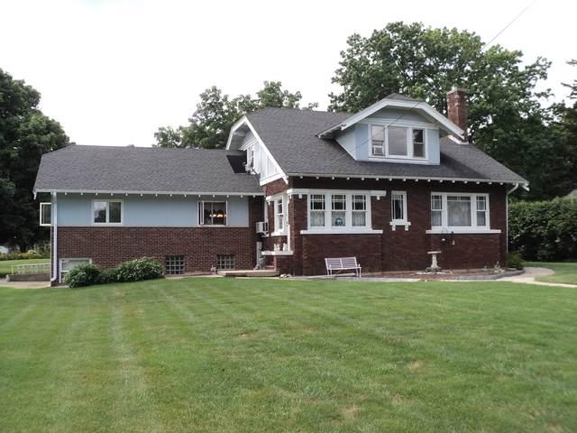 300 13th Avenue, Mendota, IL 61342 (MLS #10487378) :: Angela Walker Homes Real Estate Group