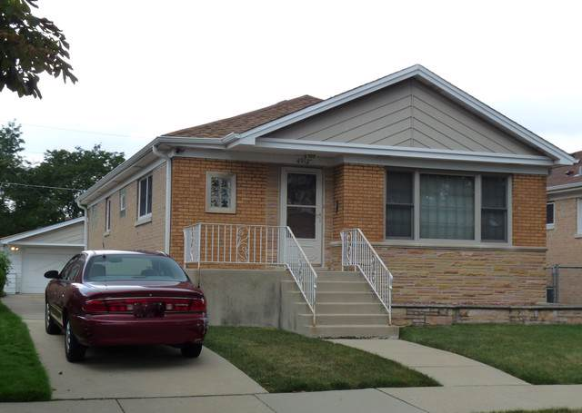4912 N Newcastle Avenue, Chicago, IL 60656 (MLS #10487437) :: Angela Walker Homes Real Estate Group