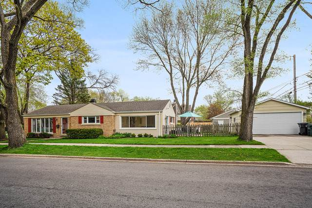 2445 Oak Avenue, Northbrook, IL 60062 (MLS #10487447) :: Property Consultants Realty