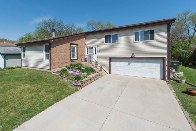 290 Loveland Drive, Glendale Heights, IL 60139 (MLS #10487776) :: Property Consultants Realty