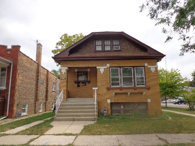 2647 Highland Avenue, Berwyn, IL 60402 (MLS #10488036) :: Property Consultants Realty