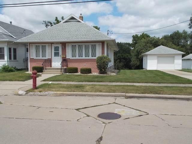 262 E Florence Street, Oglesby, IL 61348 (MLS #10488060) :: The Dena Furlow Team - Keller Williams Realty