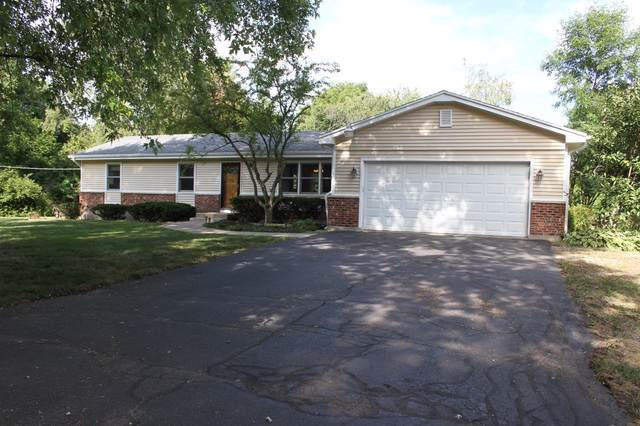 5N987 Denker Road, Campton Hills, IL 60175 (MLS #10488096) :: Berkshire Hathaway HomeServices Snyder Real Estate