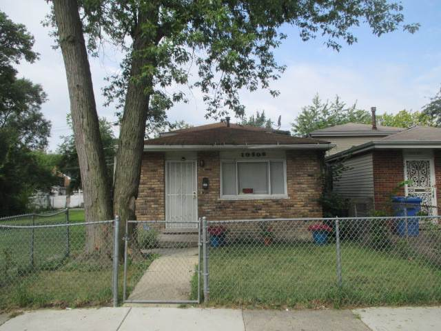 10508 S Corliss Avenue, Chicago, IL 60628 (MLS #10488415) :: Berkshire Hathaway HomeServices Snyder Real Estate