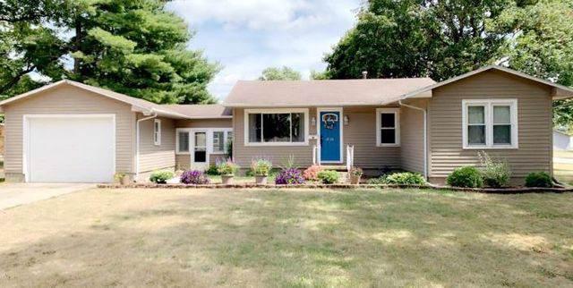 618 S Lott Boulevard, Gibson City, IL 60936 (MLS #10488590) :: Ryan Dallas Real Estate