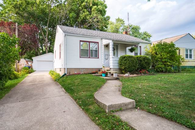 706 E Wood Street, Bloomington, IL 61701 (MLS #10488649) :: The Wexler Group at Keller Williams Preferred Realty