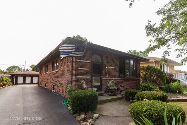 13831 Laramie Avenue, Crestwood, IL 60418 (MLS #10488723) :: Century 21 Affiliated