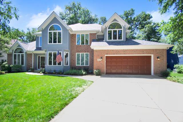 905 Ridgewood Court, West Chicago, IL 60185 (MLS #10488794) :: Berkshire Hathaway HomeServices Snyder Real Estate