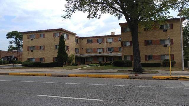 9207 Skokie Boulevard #305, Skokie, IL 60077 (MLS #10488815) :: Property Consultants Realty