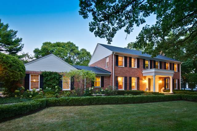 1633 Oak Knoll Drive, Lake Forest, IL 60045 (MLS #10489069) :: Berkshire Hathaway HomeServices Snyder Real Estate