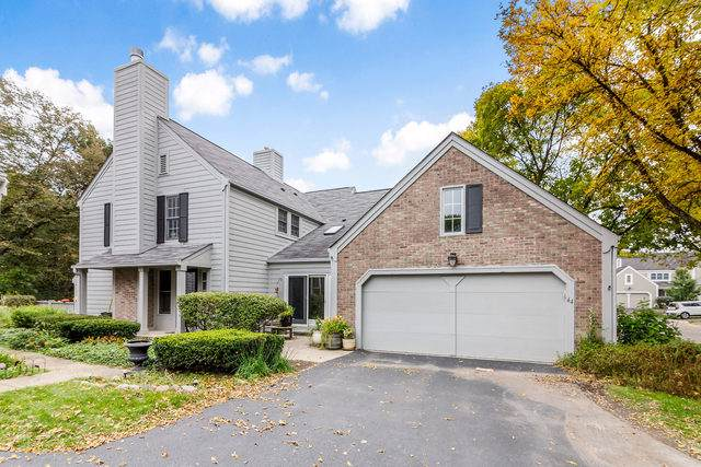 44 Whittington Course, St. Charles, IL 60174 (MLS #10489461) :: The Wexler Group at Keller Williams Preferred Realty