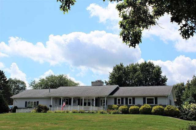 2003 Terrace Lane, Morrison, IL 61270 (MLS #10489662) :: Angela Walker Homes Real Estate Group