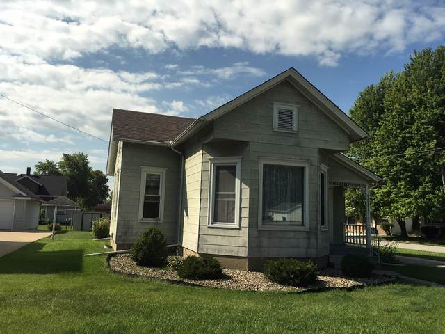 1828 9th Street, Peru, IL 61354 (MLS #10490311) :: The Wexler Group at Keller Williams Preferred Realty