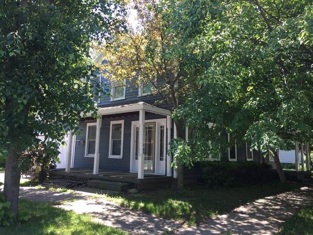 425 Hickory Street, Waukegan, IL 60085 (MLS #10490404) :: Property Consultants Realty