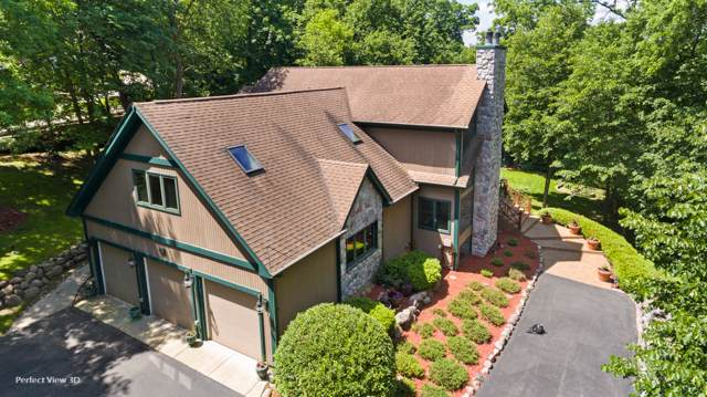 915 N River Road, Algonquin, IL 60102 (MLS #10490510) :: Berkshire Hathaway HomeServices Snyder Real Estate
