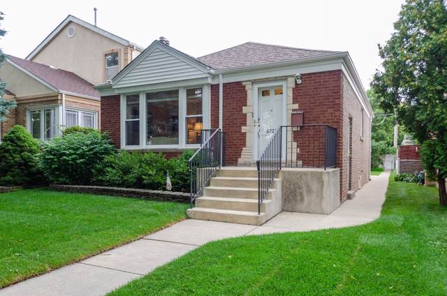 6221 N Kedvale Avenue, Chicago, IL 60646 (MLS #10490528) :: Berkshire Hathaway HomeServices Snyder Real Estate