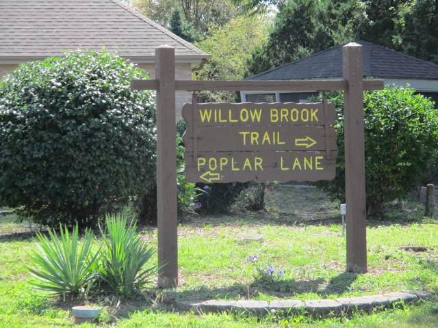 2844 E Poplar Lane, Crete, IL 60417 (MLS #10490572) :: Schoon Family Group