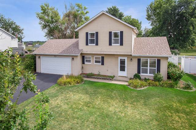 7405 W Woodlawn Drive, Frankfort, IL 60423 (MLS #10490609) :: Berkshire Hathaway HomeServices Snyder Real Estate