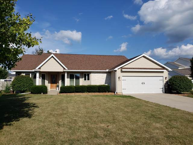803 Trimmer Drive, Hudson, IL 61748 (MLS #10490721) :: Jacqui Miller Homes