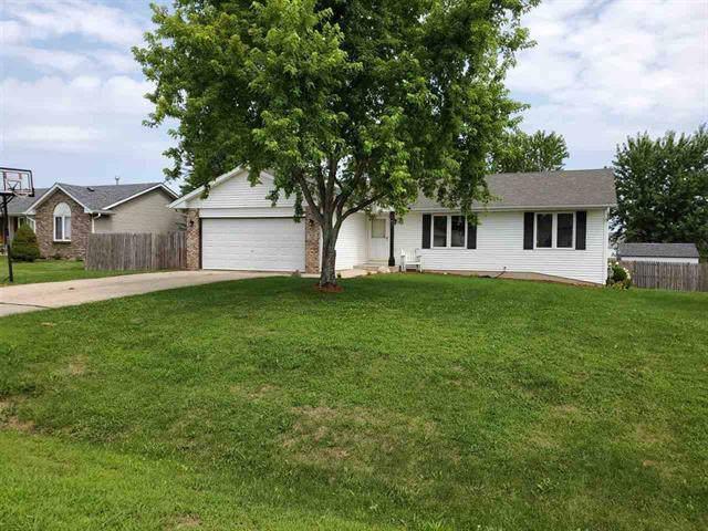 725 Golden Prairie Drive, Davis Junction, IL 61020 (MLS #10491038) :: Berkshire Hathaway HomeServices Snyder Real Estate