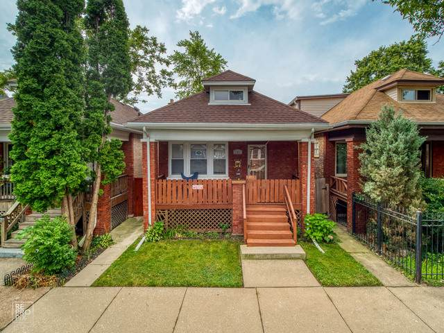 3411 W 60th Place, Chicago, IL 60629 (MLS #10491107) :: Berkshire Hathaway HomeServices Snyder Real Estate