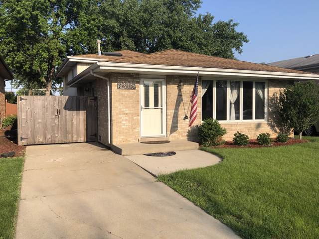 8906 Parkside Avenue, Oak Lawn, IL 60453 (MLS #10491125) :: Ryan Dallas Real Estate