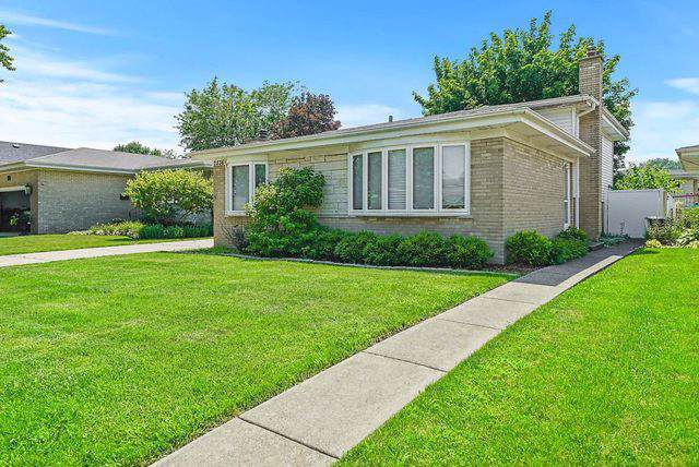 2836 Downing Avenue, Westchester, IL 60154 (MLS #10491129) :: Angela Walker Homes Real Estate Group