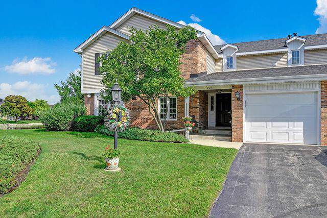 724 Maplewood Court A, Willowbrook, IL 60527 (MLS #10491244) :: Berkshire Hathaway HomeServices Snyder Real Estate