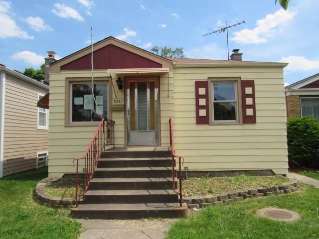 8247 W Forest Preserve Avenue, Chicago, IL 60634 (MLS #10491378) :: Ani Real Estate