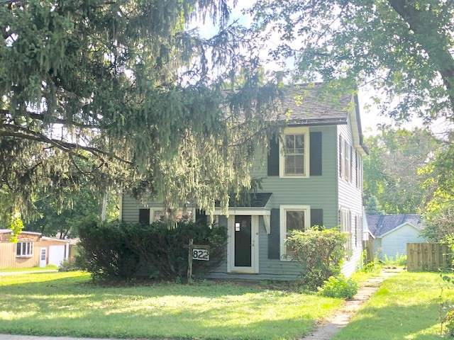822 4th Avenue, Dixon, IL 61021 (MLS #10491410) :: John Lyons Real Estate