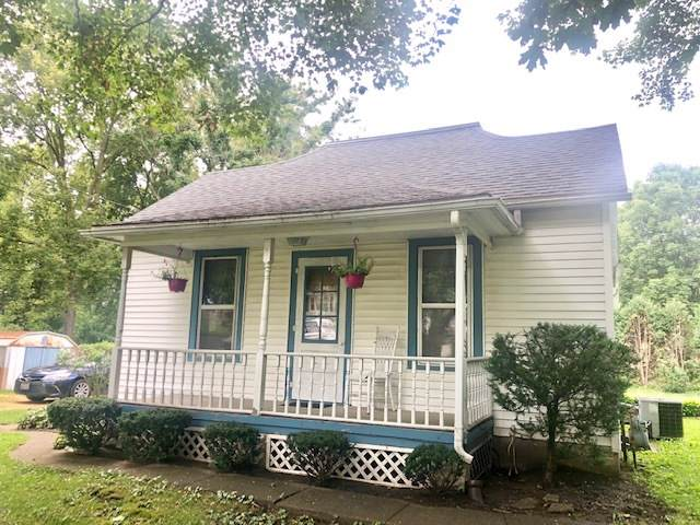 617 Pine Street, Dixon, IL 61021 (MLS #10491503) :: John Lyons Real Estate
