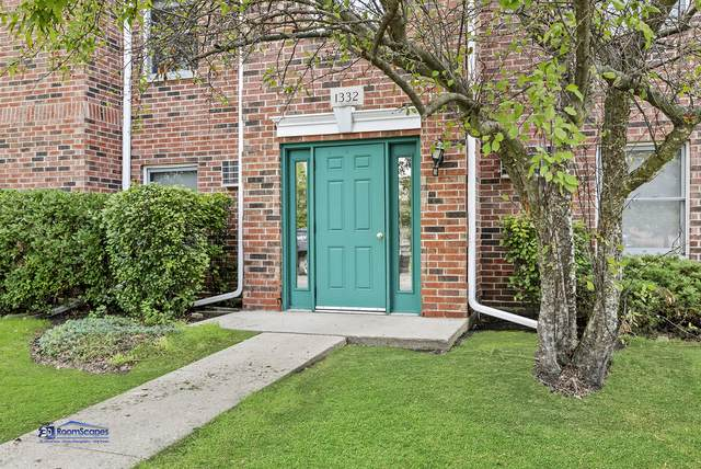 1332 Cunat Court 2A, Lake In The Hills, IL 60156 (MLS #10491581) :: Suburban Life Realty