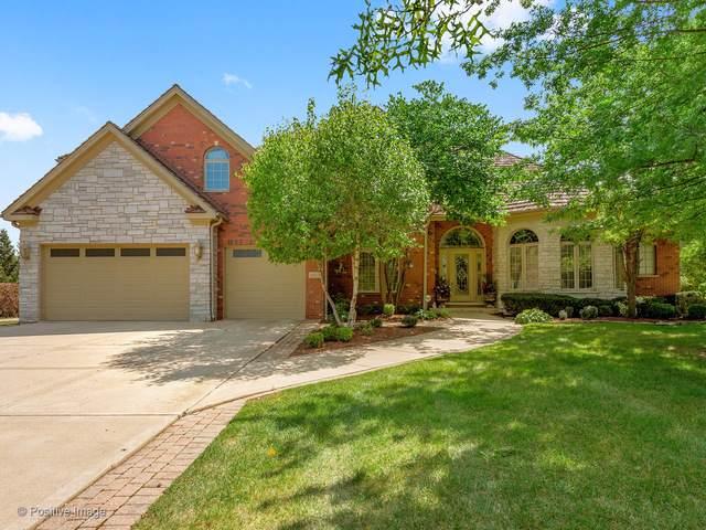 8825 Robert Road, Darien, IL 60561 (MLS #10491598) :: Angela Walker Homes Real Estate Group