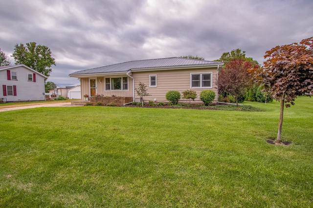 411 E Lena Street, Lena, IL 61048 (MLS #10491760) :: John Lyons Real Estate